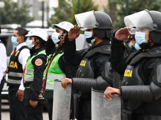 Policías reciben hoy segundo bono extraordinario de S/720