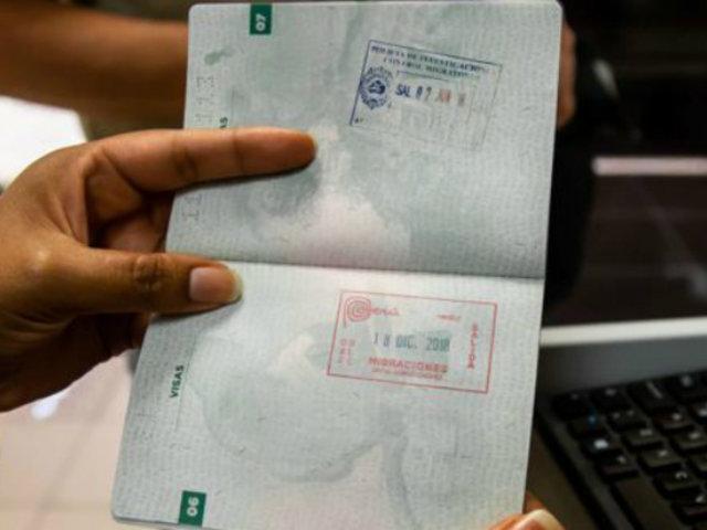 Aeropuerto Jorge Chávez: suspenden sellado de pasaportes en control migratorio
