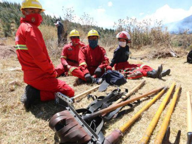 Cusco: incendios forestales siguen activos en Tipón y Yanahuara