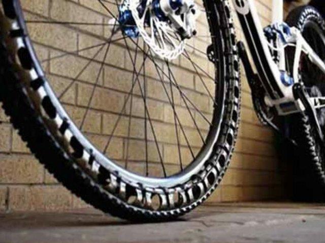 Jesús María: ladrones roban bicicleta en cuestión de minutos tras ingresar a vivienda