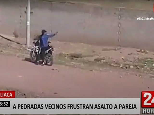 A pedradas ahuyentaron a tres delincuentes de motos en Juliaca
