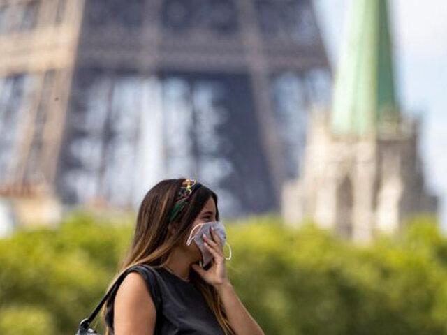 Francia decreta nuevo confinamiento ante desborde del COVID-19