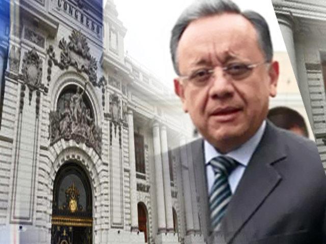 Se realizaron órdenes de servicio por S/ 64 millones durante gestión de Edgar Alarcón como Contralor