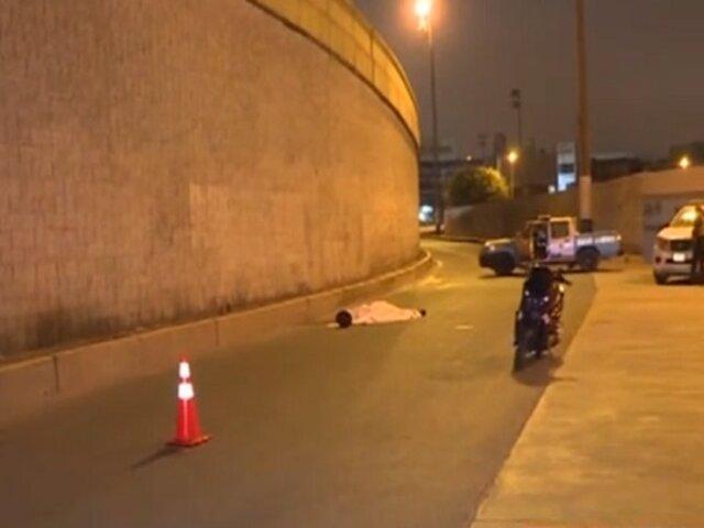 Callao: motociclista muere tras estrellarse y caer de by-pass de av. Quilca
