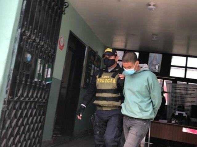 Arequipa: tres sujetos son detenidos por agredir a policías que les pidieron usar mascarillas