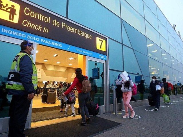 Viajes internacionales: Gobierno evalúa hoy reapertura de más destinos