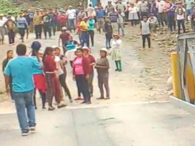 Junín: violento enfrentamiento por terreno deja treinta comuneros heridos