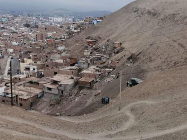 Chorrillos: vehículo con tres personas a bordo cae por pendiente del Morro Solar