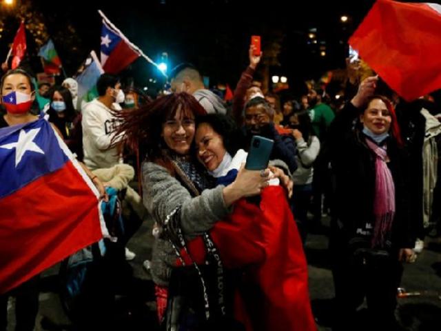 Chile aprueba con el 78 % de los votos la redacción de una nueva Constitución