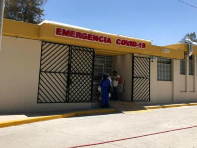 Arequipa: 13 pacientes covid-19 de UCI fueron llevados a otras áreas por brote de bacterias
