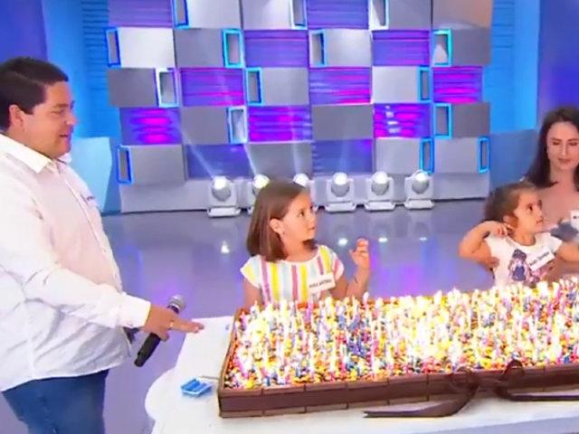 Niñas del cumpleaños viral apagan 500 velas de una torta