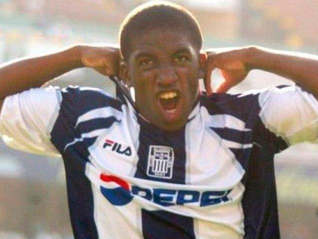 De vuelta a La Victoria: aseguran que Farfán jugaría en Alianza Lima por dos años