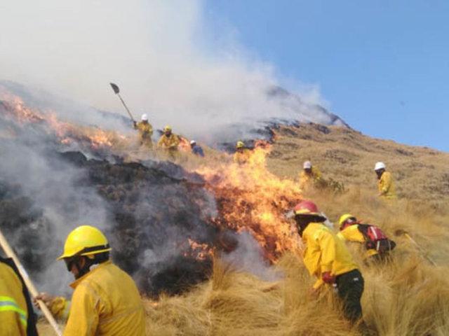 Tras seis días de intenso trabajo controlan incendio forestal en distrito de Machu Picchu