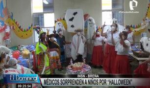 INSN Breña: médicos sorprenden a niños por el Día de la Canción Criolla y Halloween