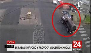Tacna: estos son los precisos momentos en que una camioneta y taxi colisionan