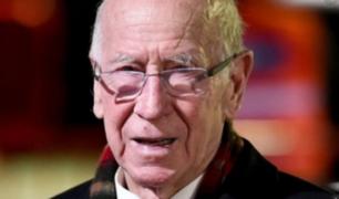 Bobby Charlton: leyenda del fútbol inglés lucha contra la demencia