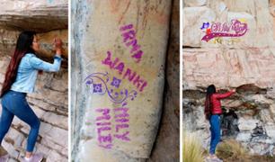 ¡Atentado contra el legado cultural! Mujer escribe sobre pinturas rupestres en Áncash