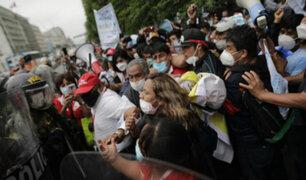 Profesionales de salud realizaron manifestación frente al Congreso