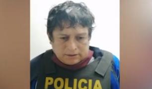 Cae uno de los delincuentes que robaron auto empujándolo en Surco