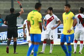 Comisión Disciplinaria FIFA impuso tres fechas de suspensión a Carlos Zambrano