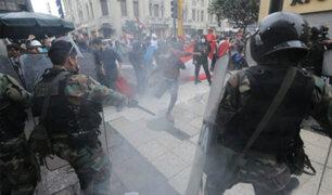 Protesta contra vacancia: al menos dos heridos por perdigones en Jirón de la Unión