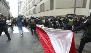 Protestas contra vacancia y Manuel Merino continúan en Lima y regiones del país