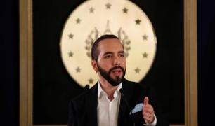 Presidente de El Salvador desconoce el gobierno de Manuel Merino