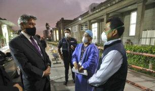 Hospital Loayza: Francisco Sagasti visitó a jóvenes lesionados por las marchas