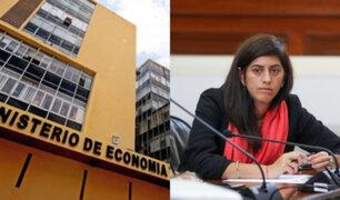 Gremios y economistas se muestran de acuerdo con eventual retorno de María Antonieta Alva al MEF