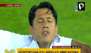 La emoción de Gianluca Lapadula al cantar el himno nacional