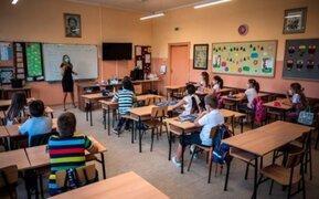 OMS respalda mantener las escuelas abiertas durante la pandemia de COVID-19