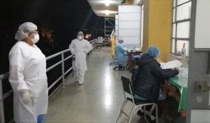 Arequipa: obras inconclusas obligan a obstetras  a trabajar en el balcón del hospital