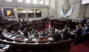 Guatemala: parlamento acordó suspender presupuesto que desató violentas protestas