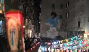 Maradona: ciudadanos de Nápoles realizaron altar improvisado en memoria del futbolista argentino