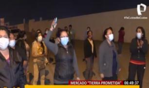 'Tierra prometida': comerciantes se enfrentan con palos y piedras a vecinos en Santa Anita