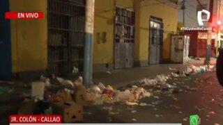 Callao: Trabajadores de limpieza arrojan basura a la calle en protesta ante posibles despidos