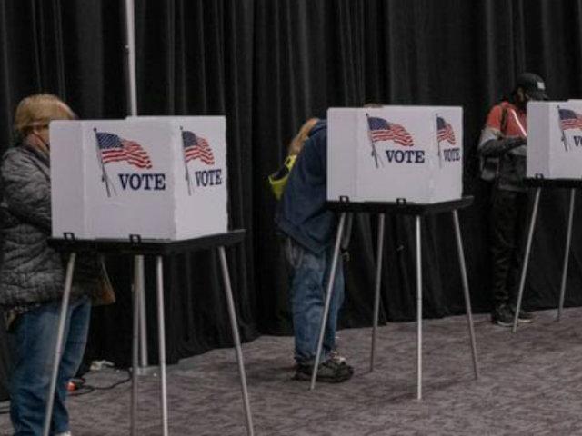 Elecciones en EEUU: FBI investiga llamadas que pedían a votantes no salir de casa