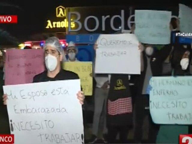 Fiscalizadores de Barranco clausuran negocios en Boulevard Bordermar