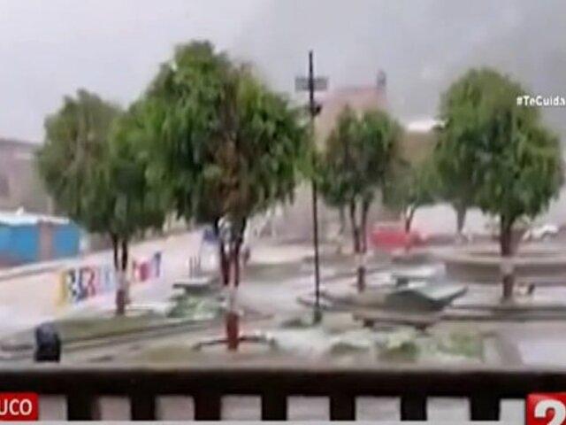 Huánuco: Torrencial lluvia y granizada inundan calles y plazas