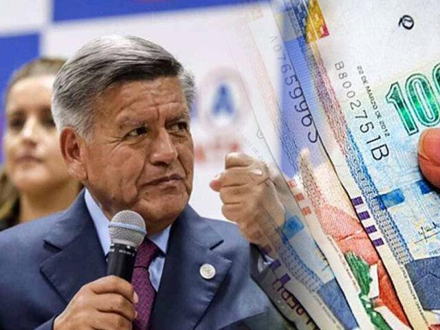 César Acuña propone elevar sueldo mínimo a S/1,000