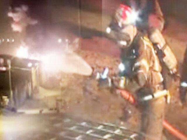 Al menos 3 viviendas afectadas tras incendio en jirón Paruro