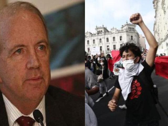 Fernando Cillóniz aplaude el papel de los jóvenes en las actuales protestas en el Perú