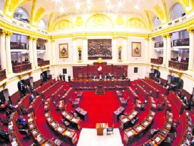Congreso aprueba reelección de alcaldes y gobernadores regionales prohibida desde 2018