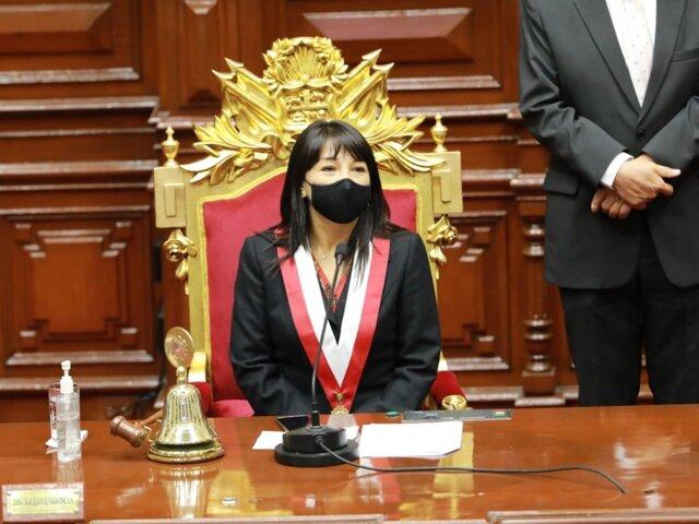 Mirtha Vásquez es la primera congresista de izquierda que asume la presidencia del Parlamento
