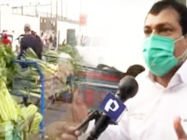 """Ambulantes invaden exteriores de """"Tierra Prometida"""" en Santa Anita"""
