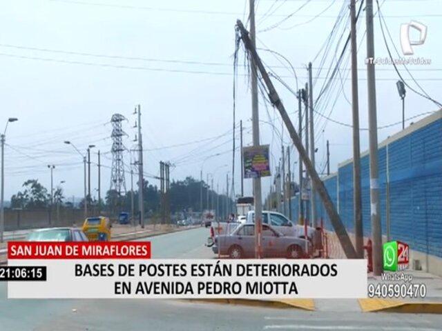 SJM: vecinos denuncian que varios postes son un peligro por falta de mantenimiento