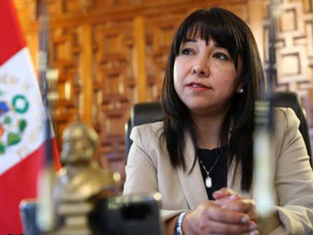 Mirtha Vásquez: Comisión de Constitución podría discutir sobre vacancia presidencial