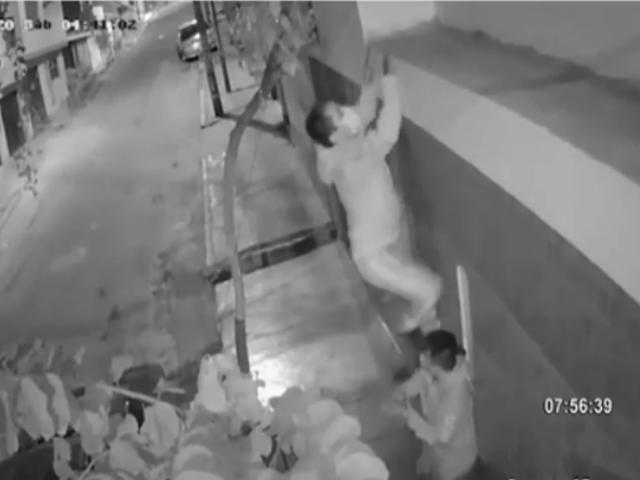 SJM: cámaras captan a ladrones ingresando a casa para robar