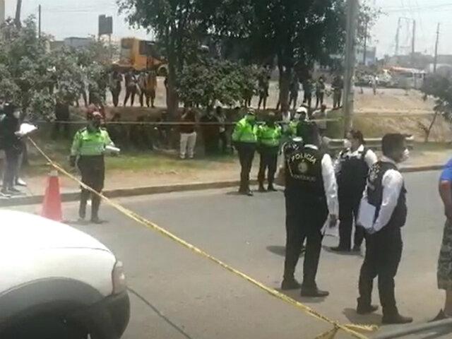 Asesinan a 'jalador' con 13 balazos en plena vía pública en Los Olivos