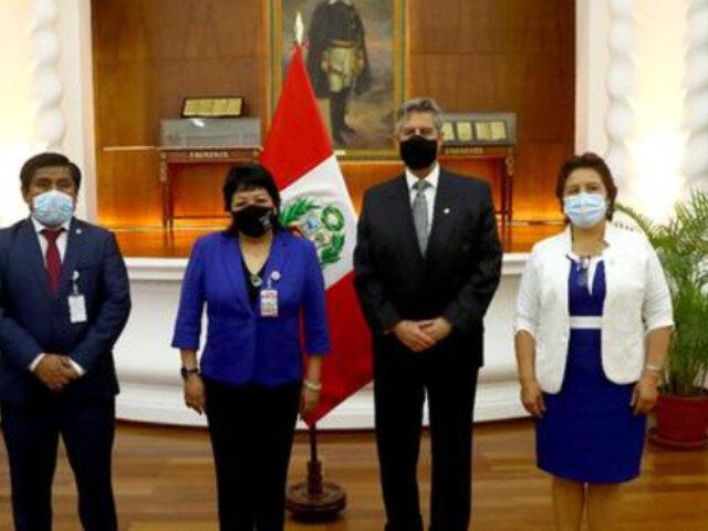 Presidente Francisco Sagasti se reunió con lideresa y congresistas de Somos Perú